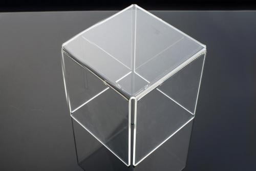 Cubo/Teca/Piedistallo